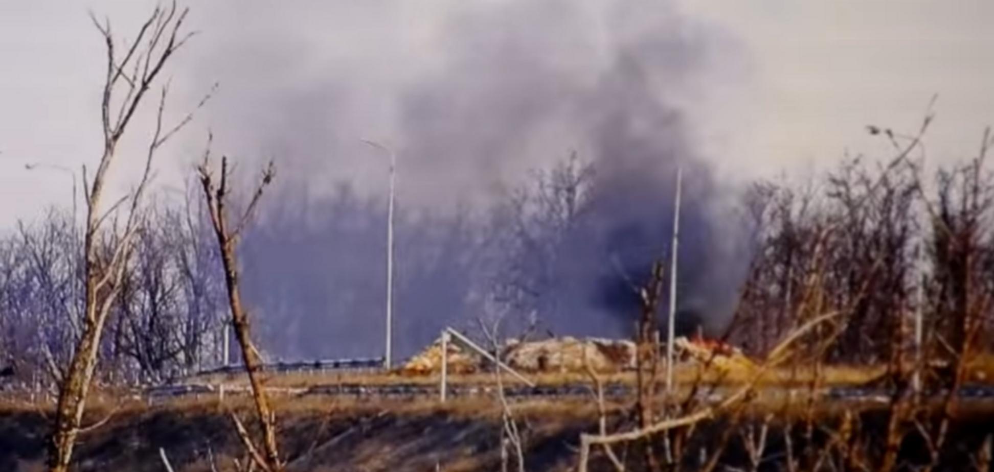 Со снайперской точностью: мощный удар ВСУ по блиндажу террористов показали на видео
