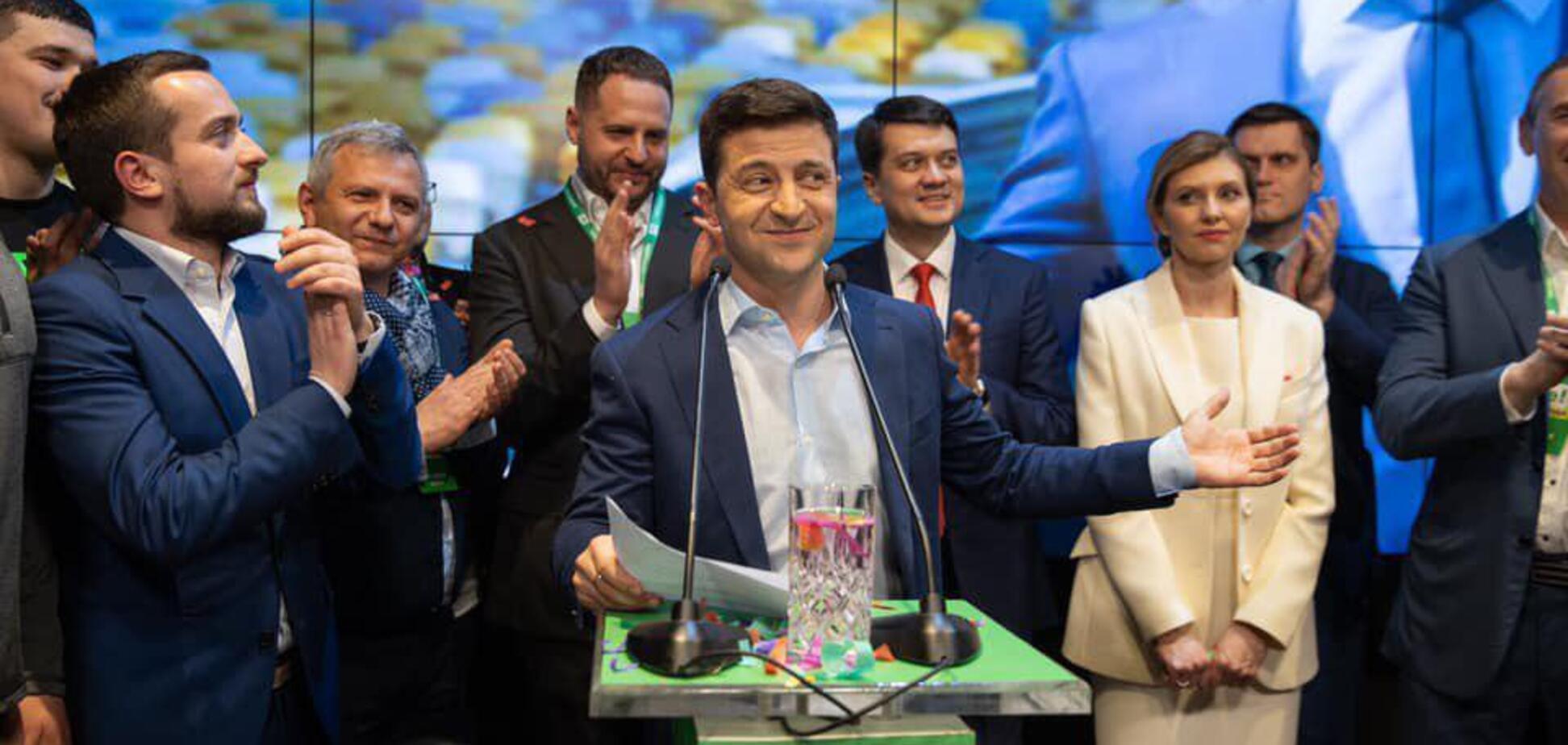 Зеленський хоче переїхати з Києва, скоротити АП і позбутися кортежу