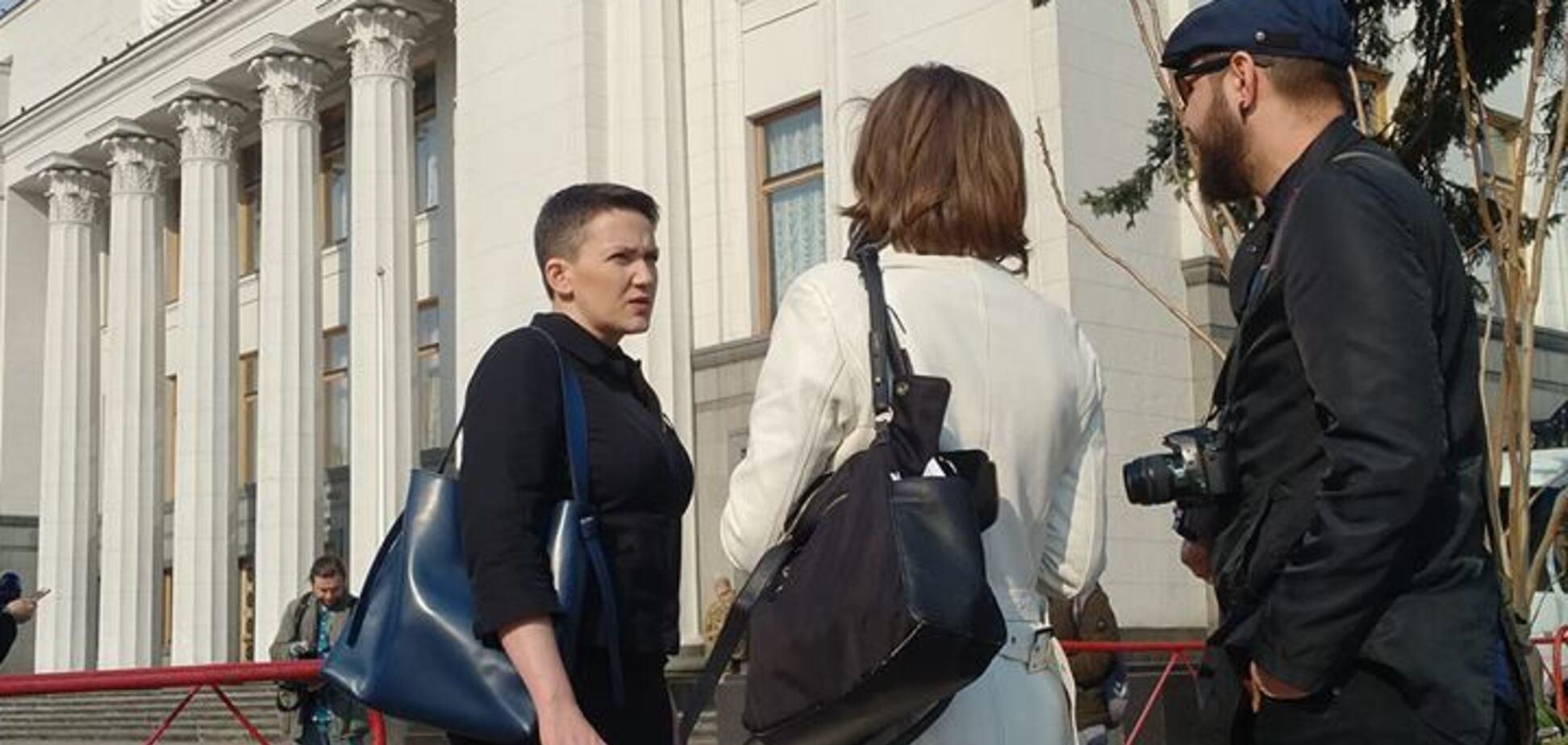 'Іуди розраховували, що помре': Савченко повернулася в Раду. Фото і відео