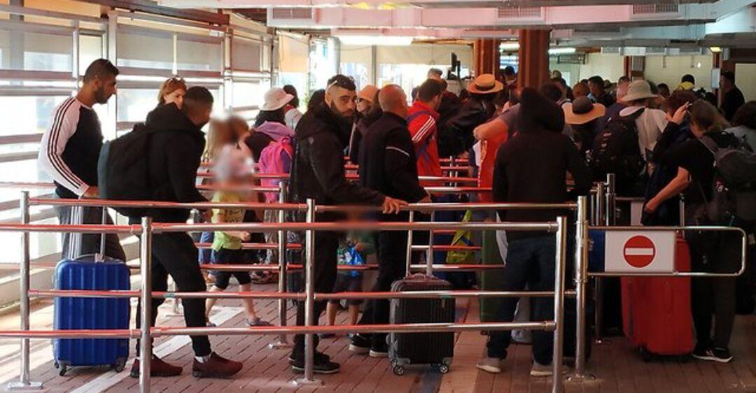 'Немедленно уезжайте!' Израиль предупредил туристов об опасности в Египте