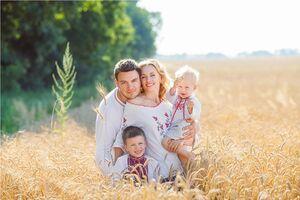 День семьи: лучшие поздравления и открытки