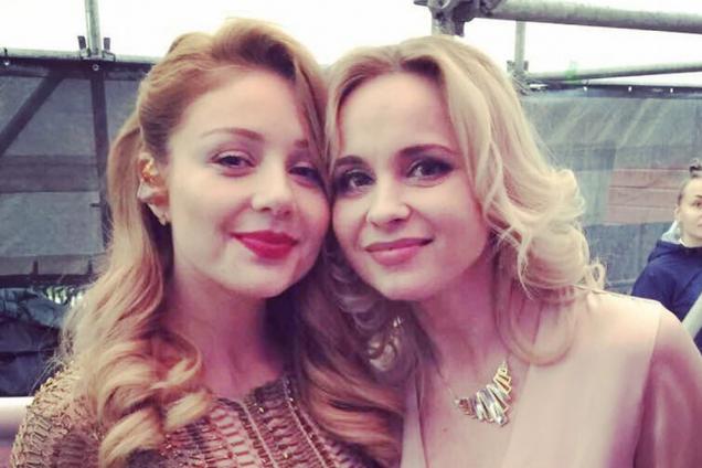 """""""Не дразните Волочкову!"""" Украинская телезвезда удивила шпагатом в бикини"""