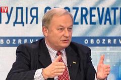 Українська влада знала про плани з роздачі паспортів ще 3 місяці тому – експерт