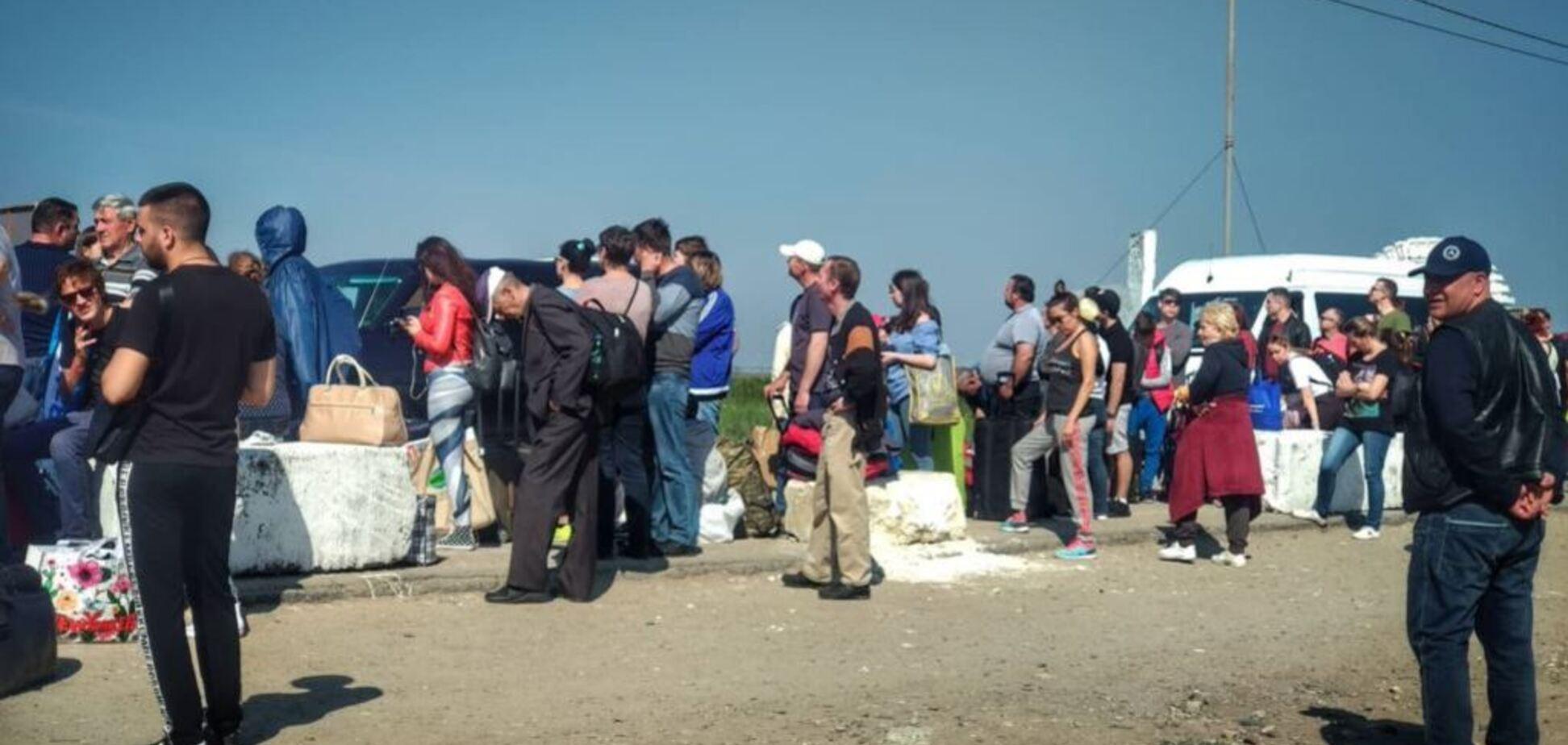 В Украине для крымчан введут новые правила въезда: в чем суть