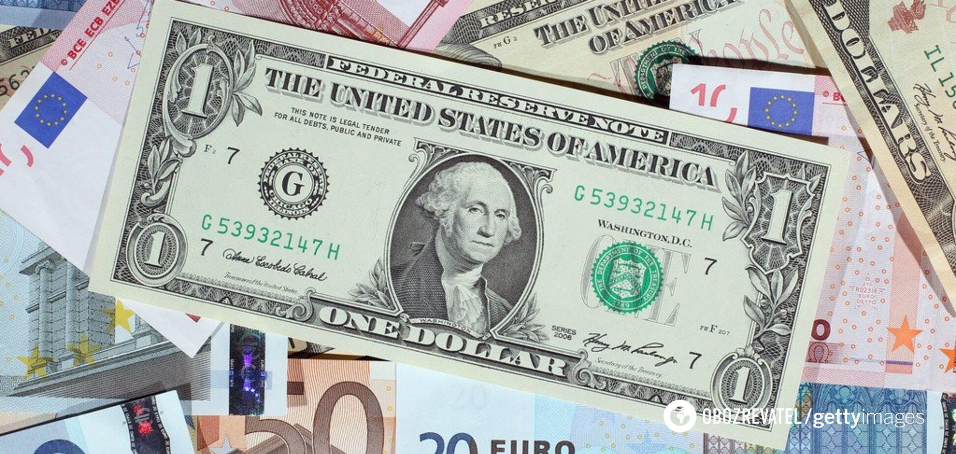 Що буде з доларом в Україні: опубліковано прогноз до кінця 2019 року