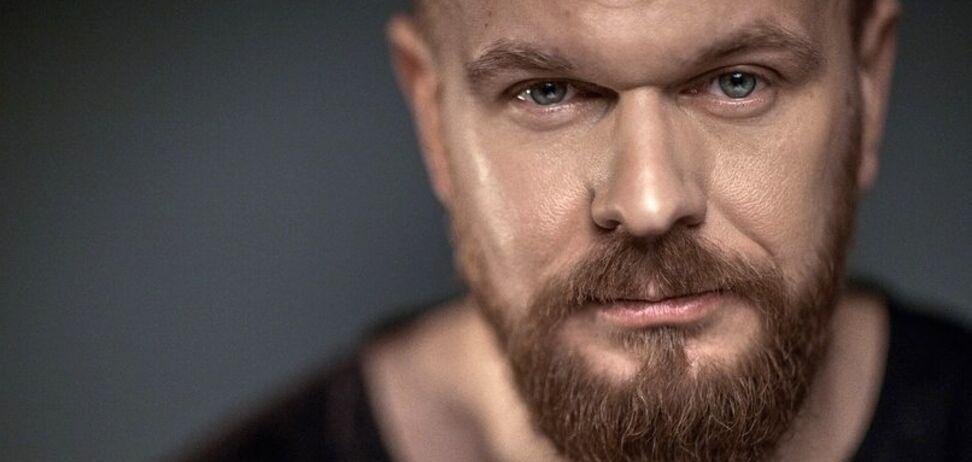 ''Ми всі винні'': український співак відреагував на масові сварки в мережі через вибори