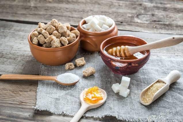 Дієтолог розповіла правду про замінники цукру