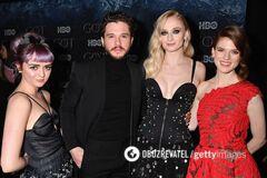 В Нью-Йорке состоялась премьера ''Игры престолов-8'': яркие фото с красной дорожки