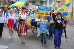 'Ничего плохого не сделала': Кафельников призвал Россию отстать от Украины