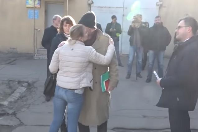 "Обнимался: координатор ОБСЕ попал в скандал в ""ДНР"""