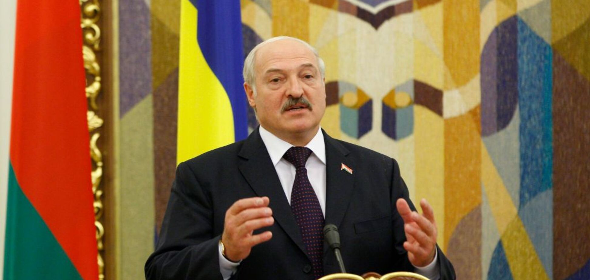 ''Обнаглели, выкручивают руки!'' Лукашенко жестко прошелся по России