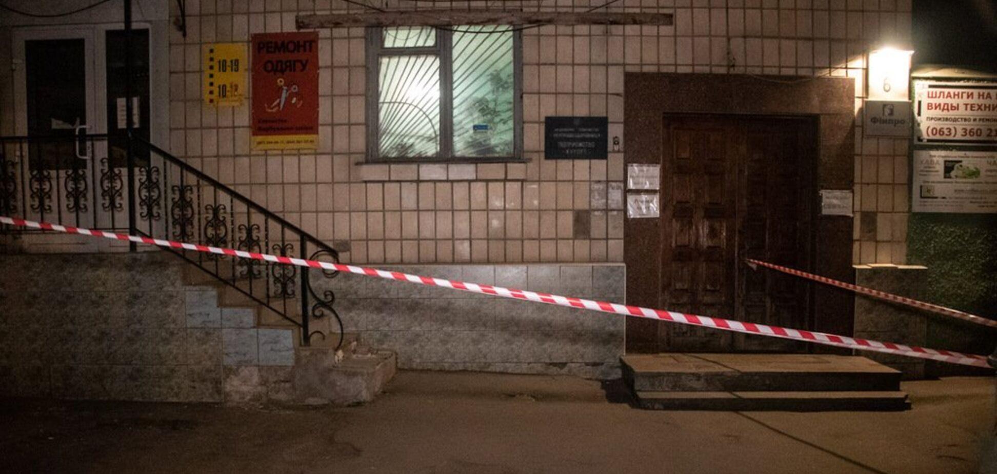 Прострелили глаз и шею: в Киеве посреди улицы произошла стрельба
