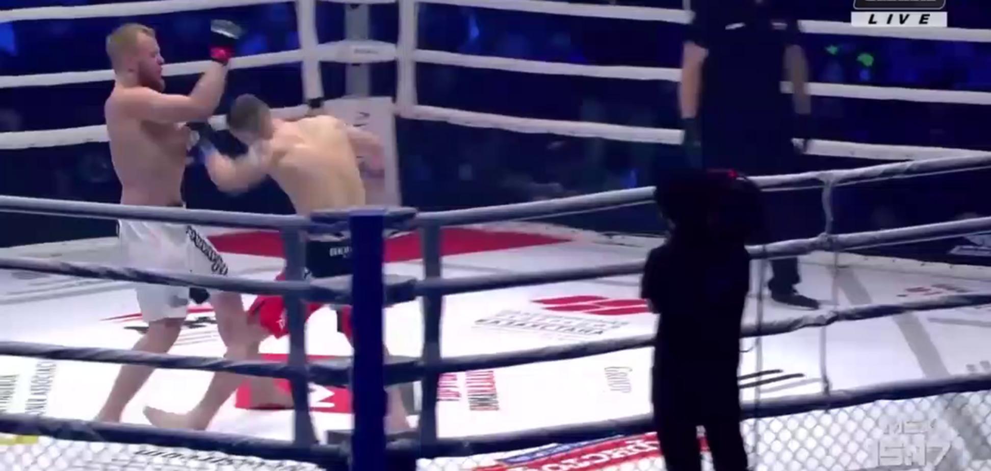 Український чемпіон 'забив молотками' російського бійця ММА