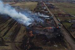 'С неба валится пепел, трудно дышать': часть России накрыл огненный ад. Фото и видео стихии