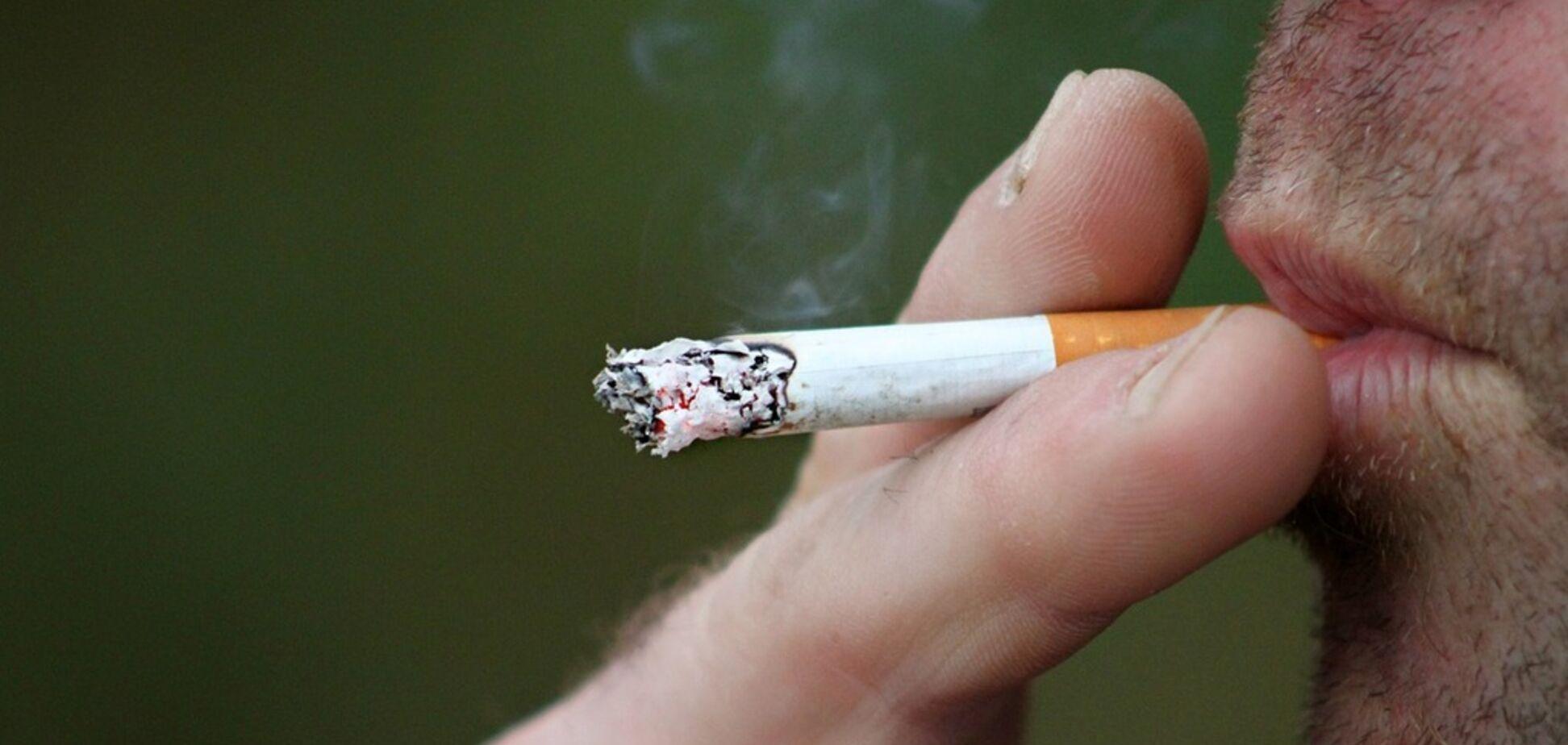 Експерти розповіли, як куріння зменшує пеніс