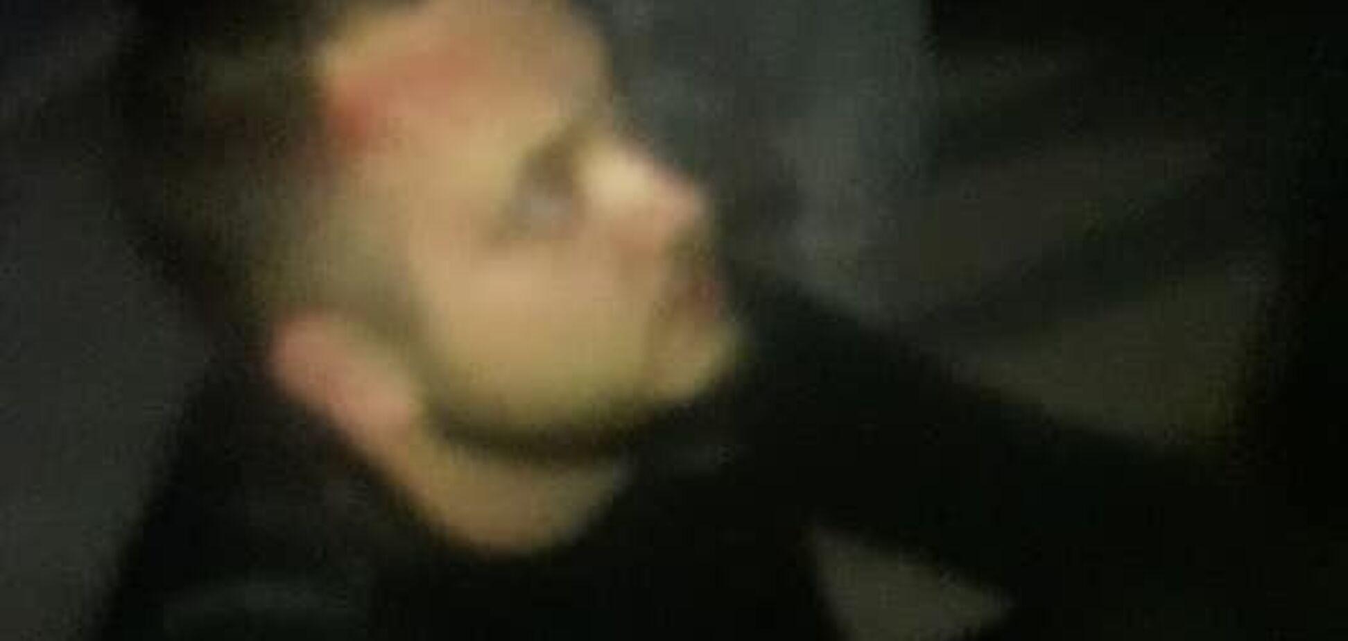 Избивал посреди улицы: под Киевом мужчина нападал на женщин с детьми