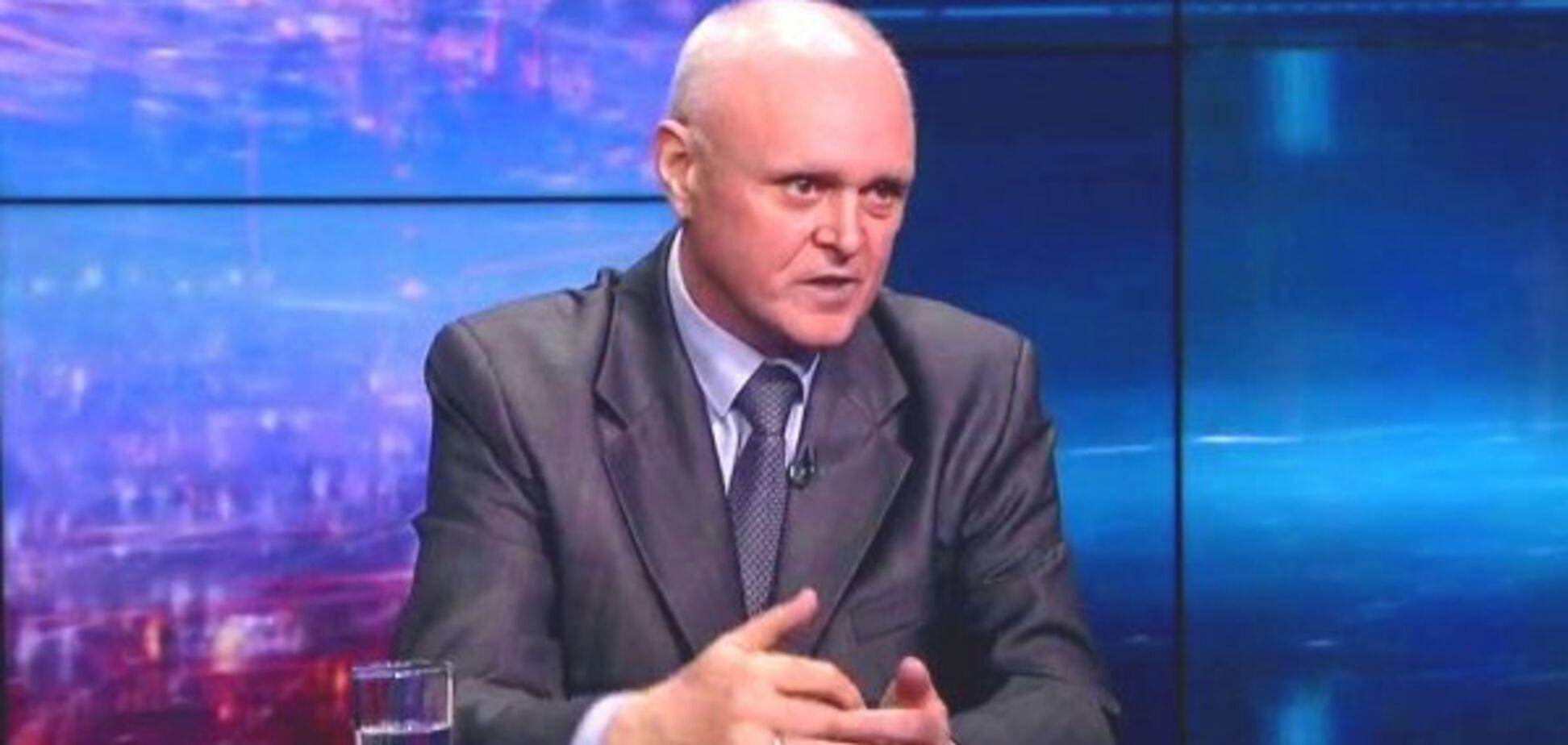 'Нужно заменить': у Зеленского назвали министра под угрозой увольнения