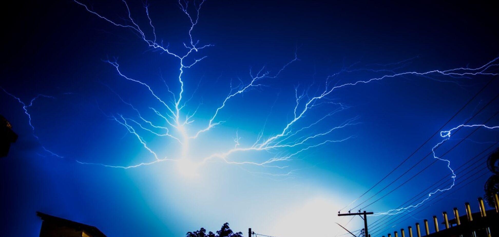 Україною пронісся небезпечний торнадо: синоптик попередила про різке погіршення погоди
