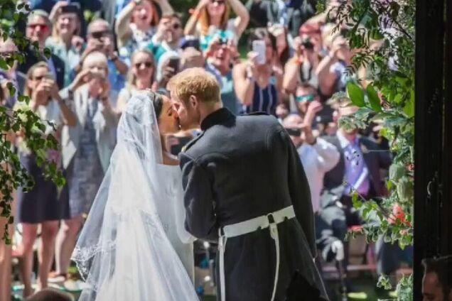 Меган Маркл и принц Гарри показали уникальные фото со свадьбы