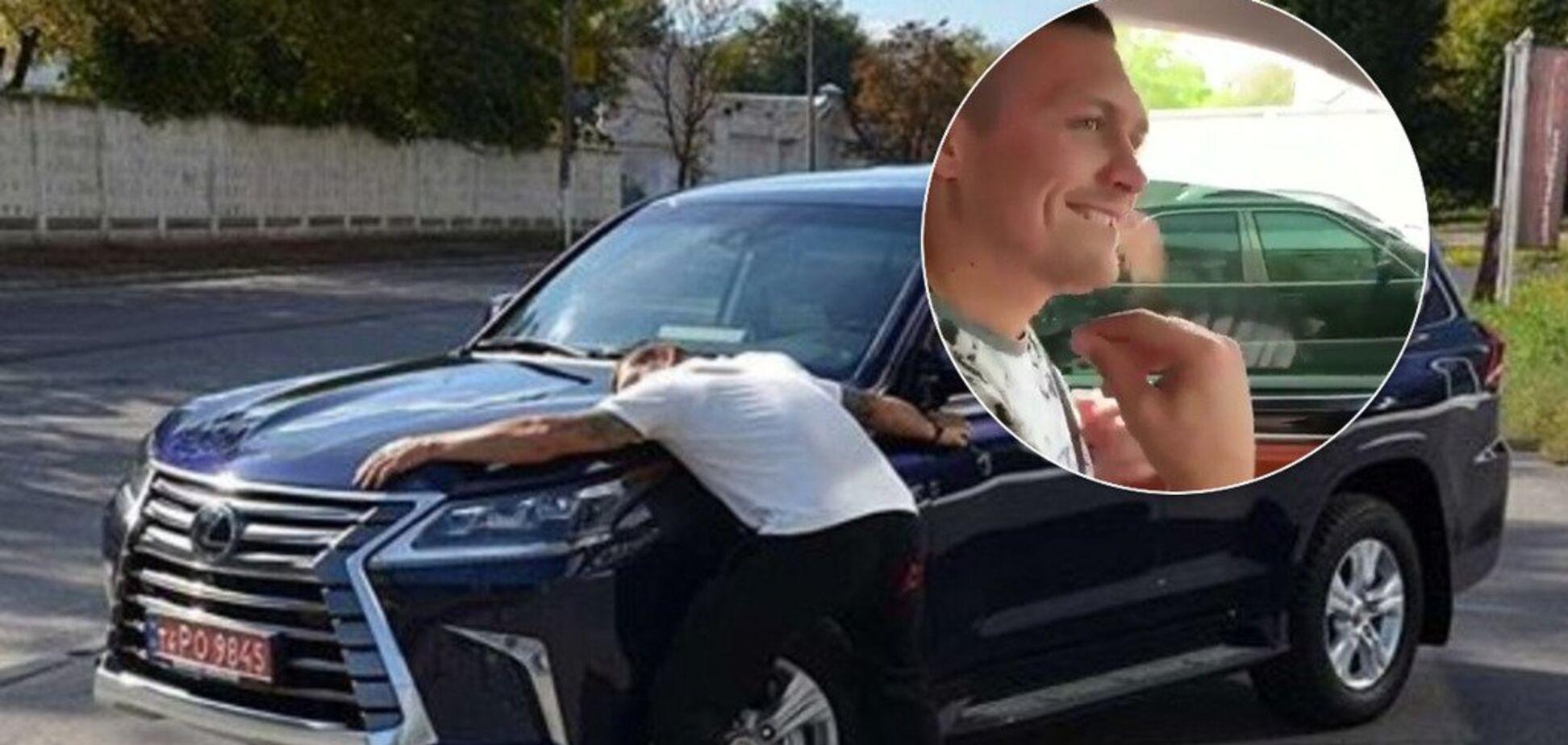 Усик показал, что вытворяет за рулем во время езды - опубликовано видео