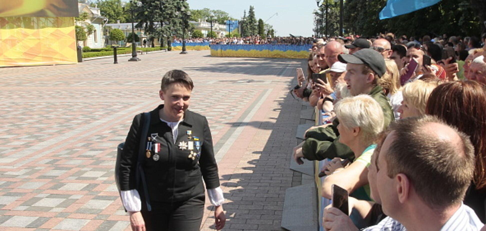 З орденами на грудях: з'явилися фото ошатної Савченко на інавгурації Зеленського