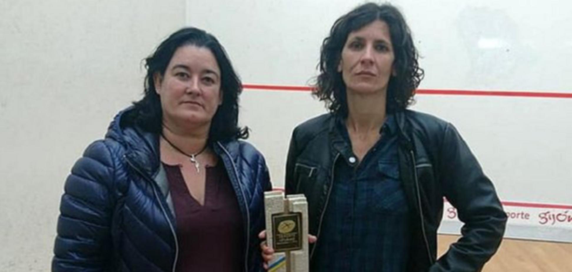 Победительниц крупного турнира наградили секс-игрушками - фотофакт