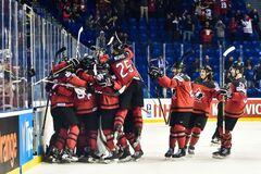 Канада фантастическим образом пробилась в 1/2 финала ЧМ по хоккею