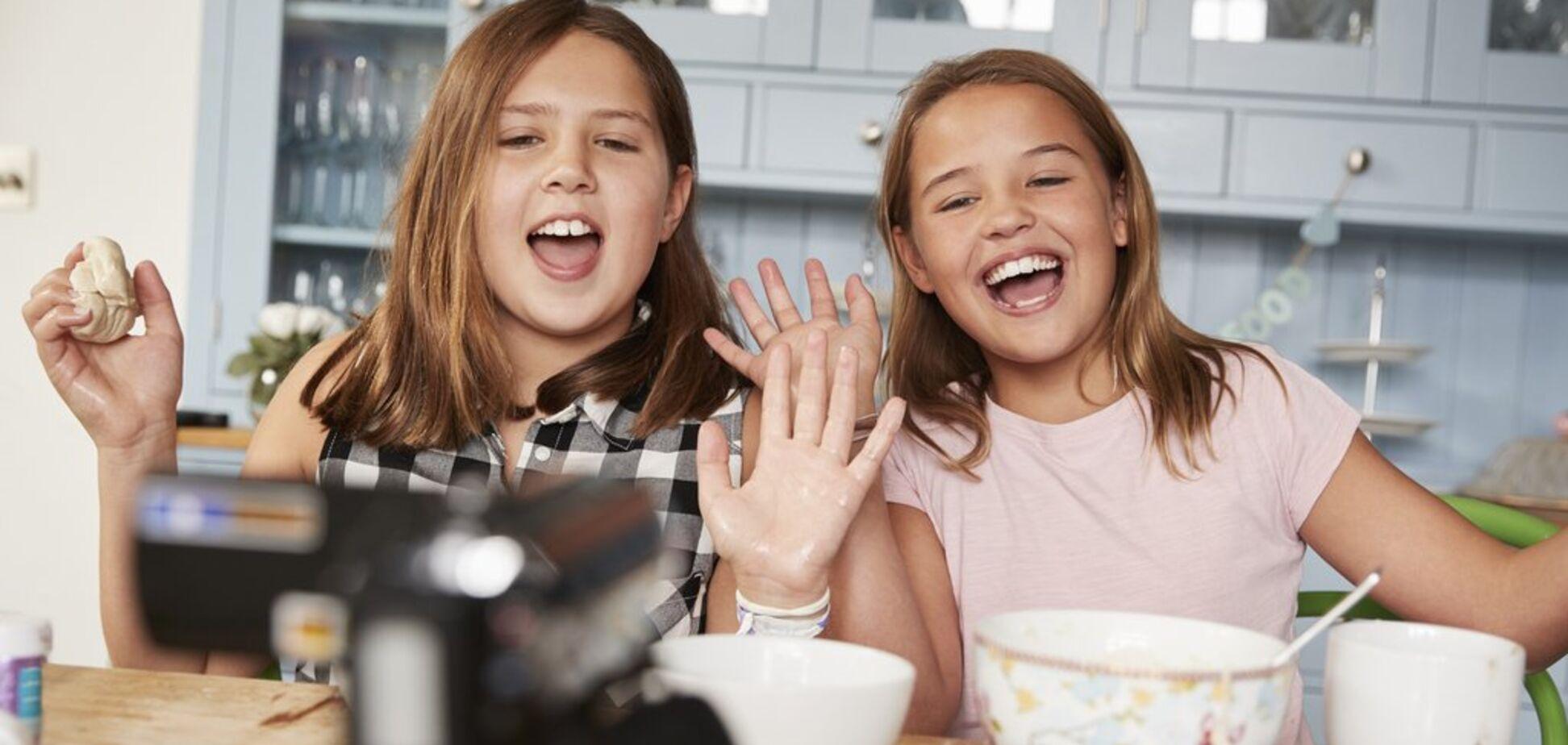 Я у мамы блогер: инструкция по воспитанию успешных детей