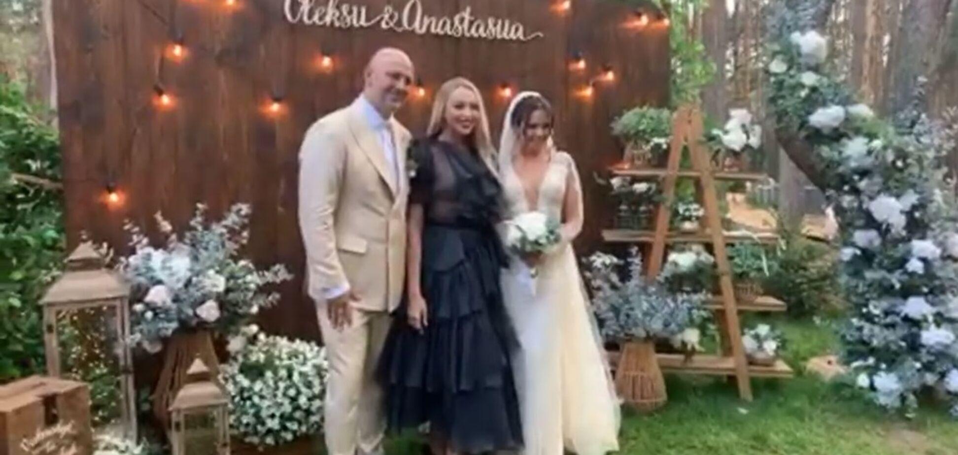 Оля Полякова показала, чим годували на весіллі Потапа і Насті