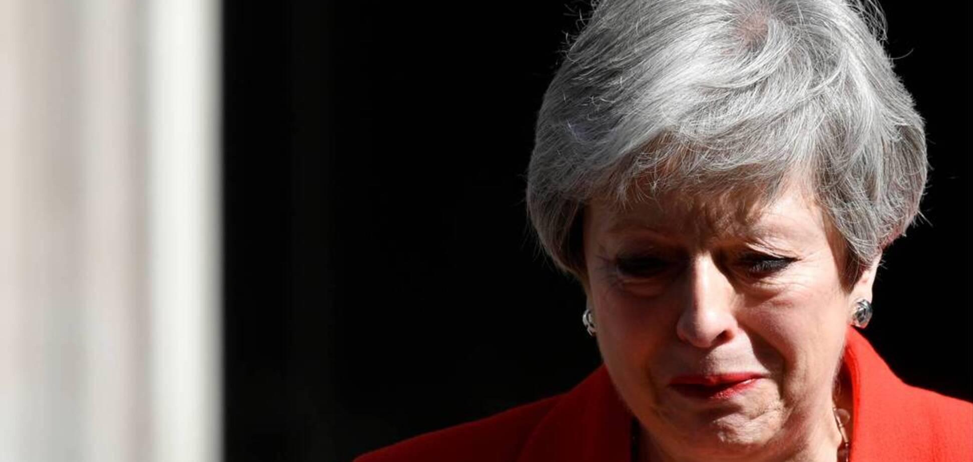Тереза Мэй расплакалась: Британия не проживет без ЕС