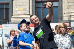 Кличко приєднався до благодійного 'Пробігу під каштанами'