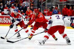 Россия с огромным трудом добыла 'бронзу' чемпионата мира по хоккею