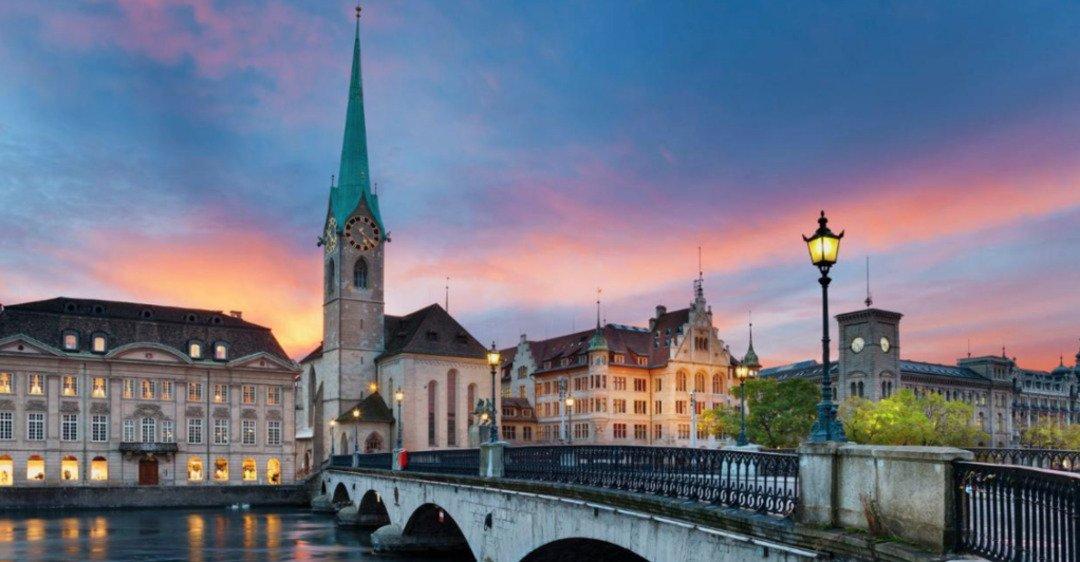 Назван самый дорогой город для романтических путешествий