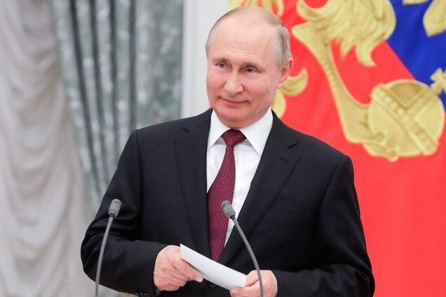 Володимир Путін на церемонії вручення державних нагород Російської Федерації