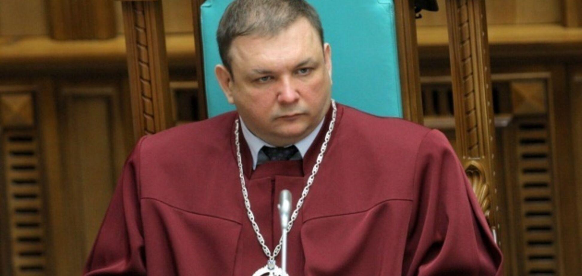 США відмовили у візі голові КСУ Шевчуку через скасування статті про незаконне збагачення