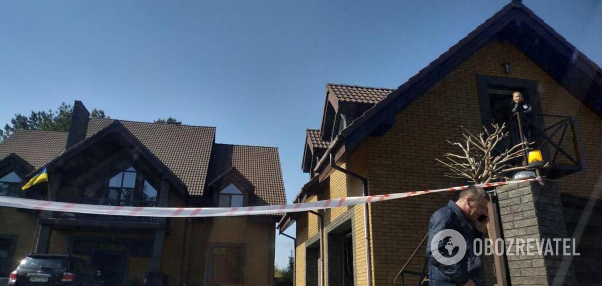 Под Киевом с оружием напали на дом известного нардепа: все подробности
