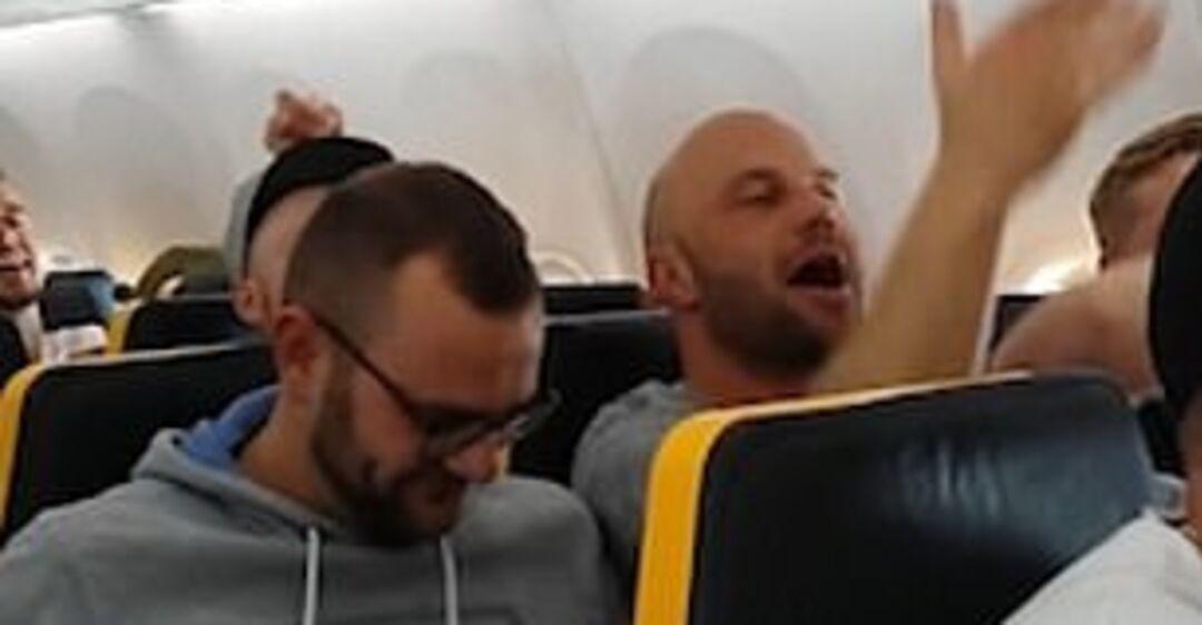 Авиарейс на Мальорку обернулся расистским скандалом