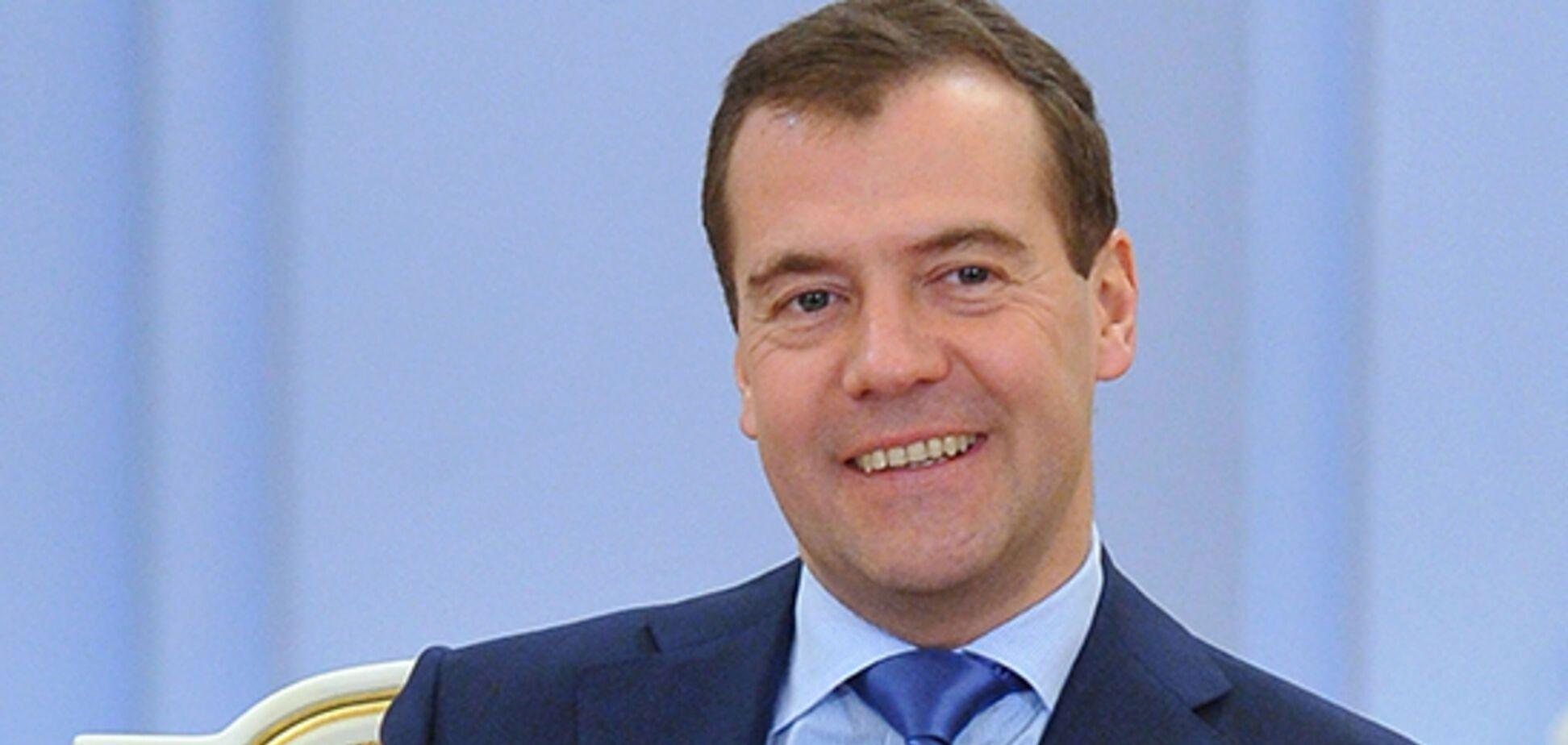 Как у Путина! Медведеву сделали оригинальный подарок