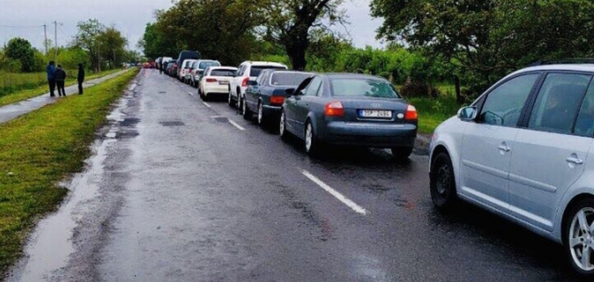 Пастка для 500 авто на кордоні з ЄС: названі причини НП