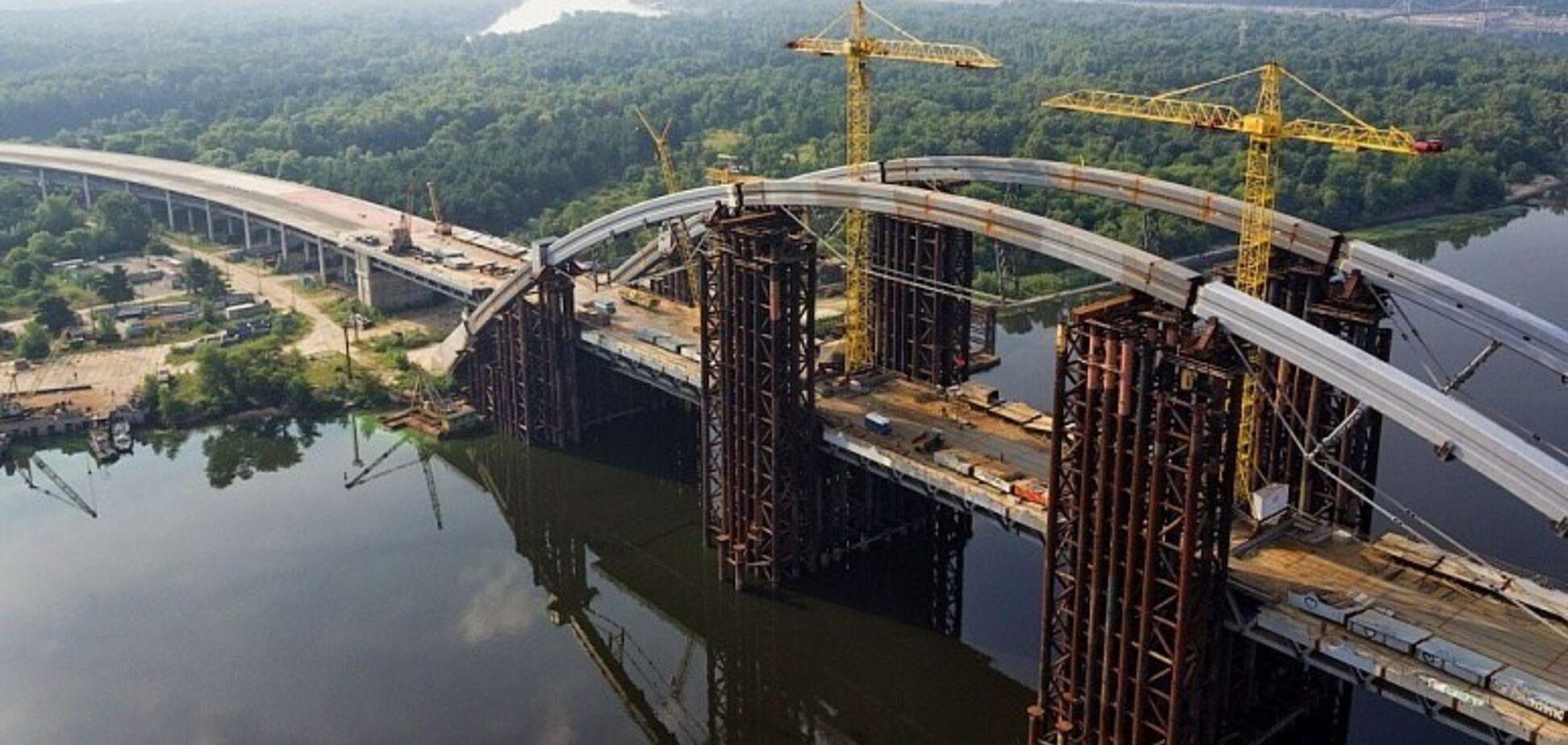 Колишній завод Порошенка отримав 75 млн на будівництво Подільського мосту