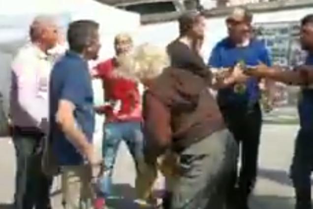 """В Португалии """"Бессмертный полк"""" напал на украинцев с битами: видео конфликта"""