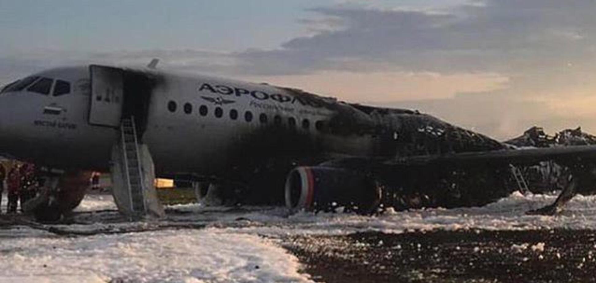 'Спасали из ада свое барахло': россияне шокированы пассажирами сгоревшего самолета в 'Шереметьево'