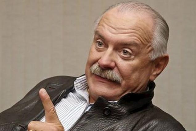 """""""Поломанный"""" Михалков засветился в Крыму: что случилось"""