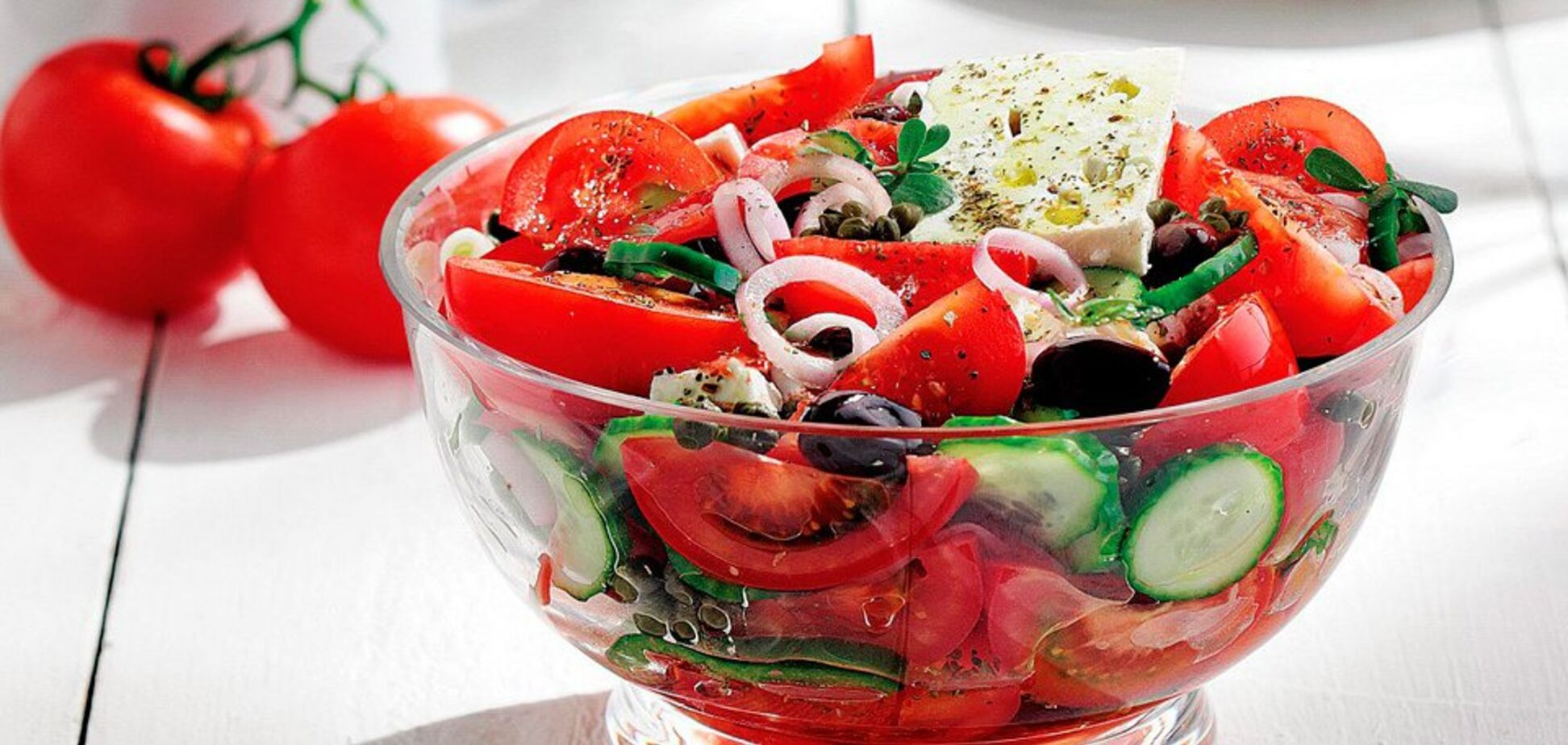 Греческий салат за 20 минут: простой рецепт с видео