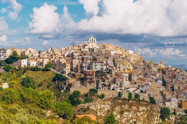 В Италии продают дома за один евро: названо условие