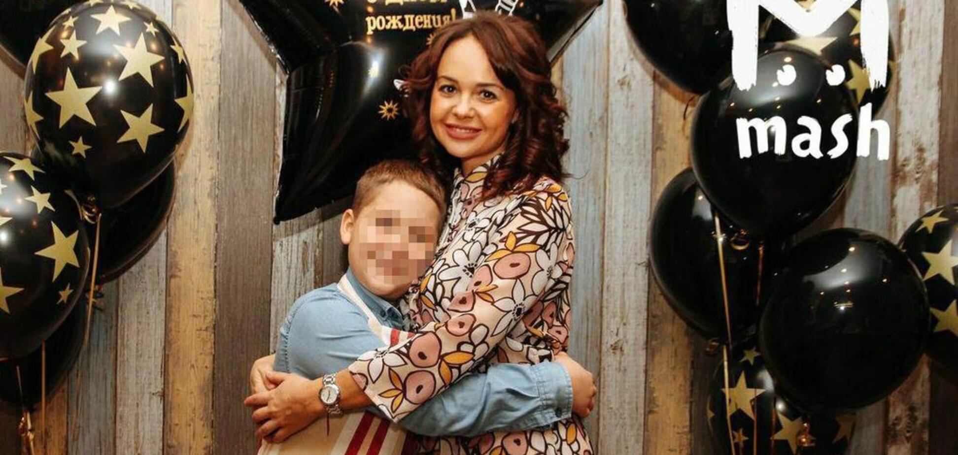Побежала назад: россиянка погибла в ''Шереметьево'', спасая детей от огня