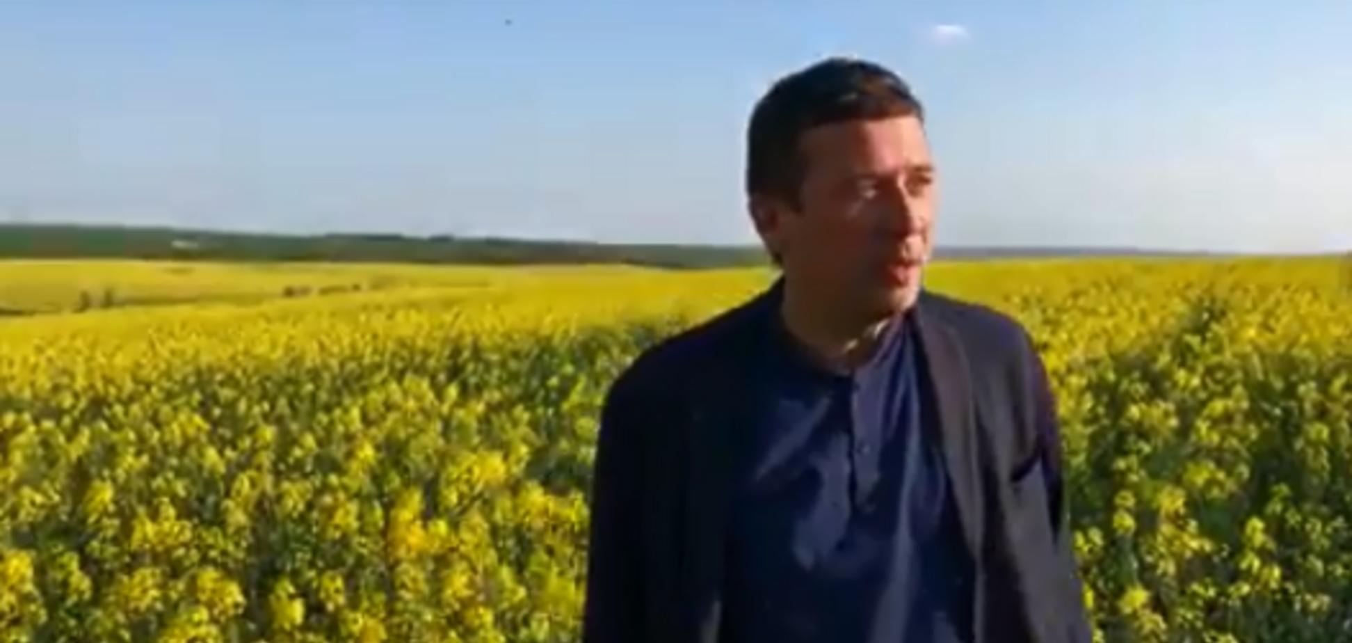 Запрещенный актер из РФ заявил, что тайно пересек границу с Украиной: видео