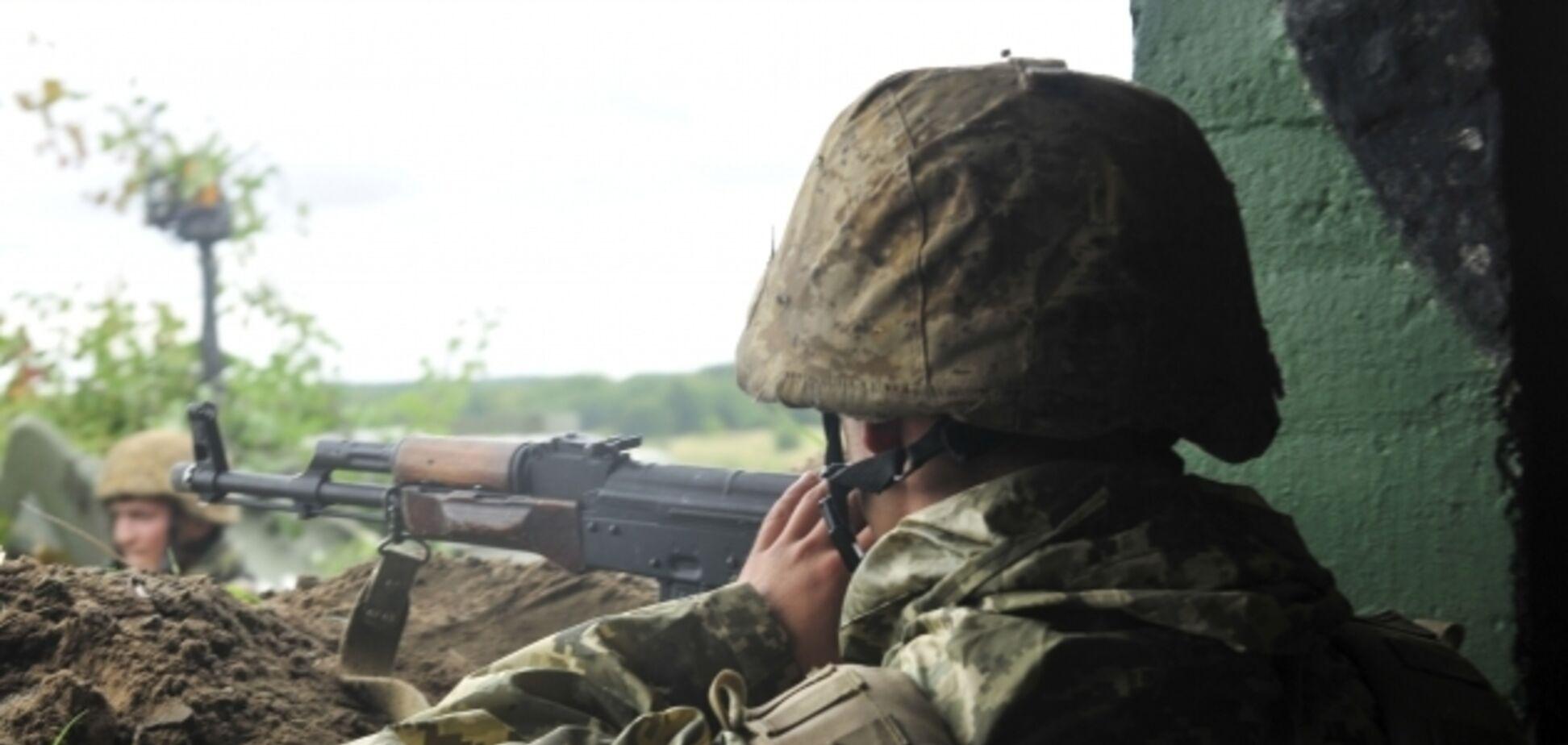 10 раненых и разбитая техника: ВСУ устроили террористам ад на Донбассе