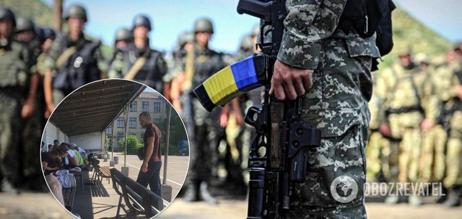 Ловят прямо на улицах: в Украине вновь начались облавы на призывников