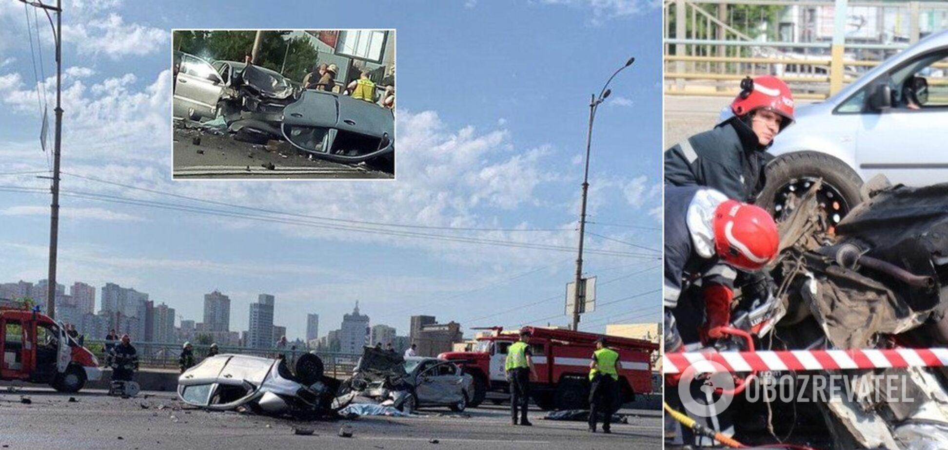 Разорвало на части: в Киеве случилось жуткое ДТП с 4 погибшими. Фото и видео 18+